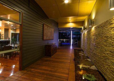 Cicada Lodge_Entry